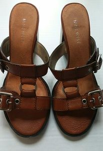 Nine west flatform sandal size 6M